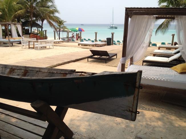 Hotel beach Roatan Honduras